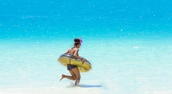 海やプールの季節!日焼け対策はしっかりしたい